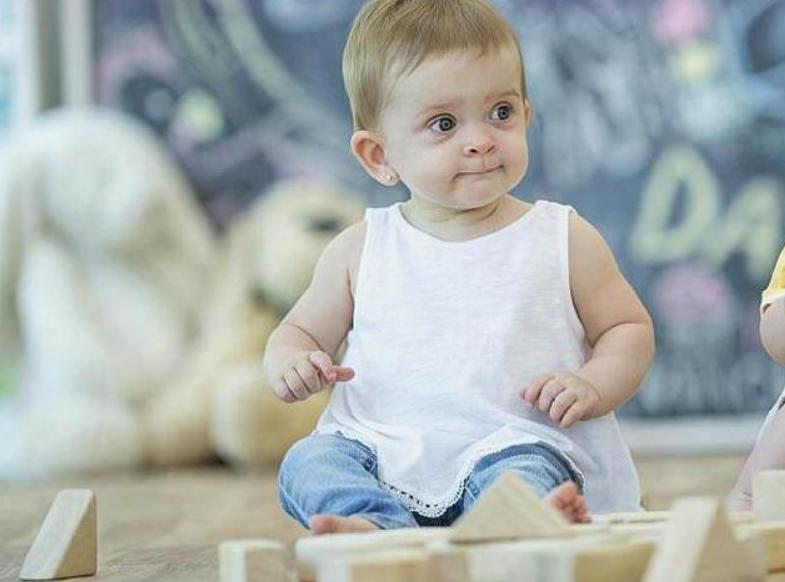 1岁宝宝高智商的表现,高智商婴儿的20种表现02
