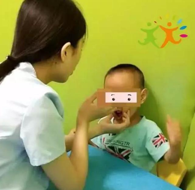 宝宝智力发育落后的表现和特征,如何提高智力2