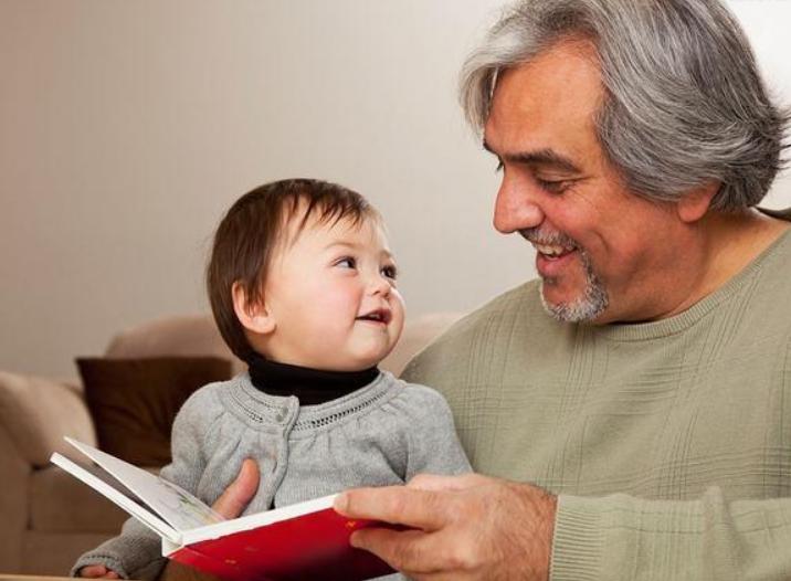 八个月宝宝早教故事,8个月婴儿睡前小故事