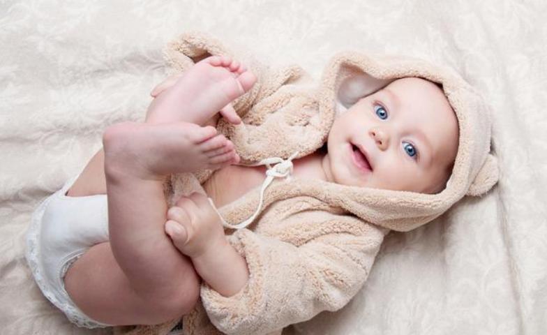 2个月婴儿聪明的表现,宝宝聪明有哪些表现1
