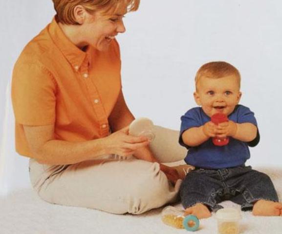 六个月早教游戏,6个月婴儿亲子小游戏2