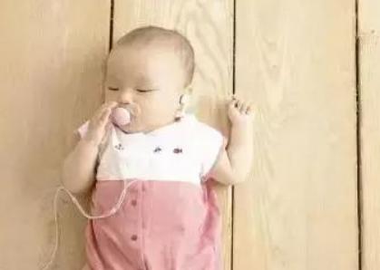 3个月婴儿早教课程,三个月宝宝早教游戏推荐13