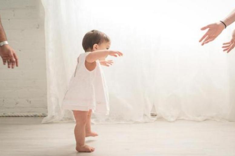 宝宝三个月的早教重点,3个月宝宝早教图片5