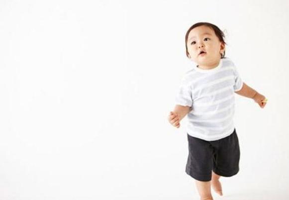 1岁3个月宝宝早教,一岁三个月幼儿发育指标1