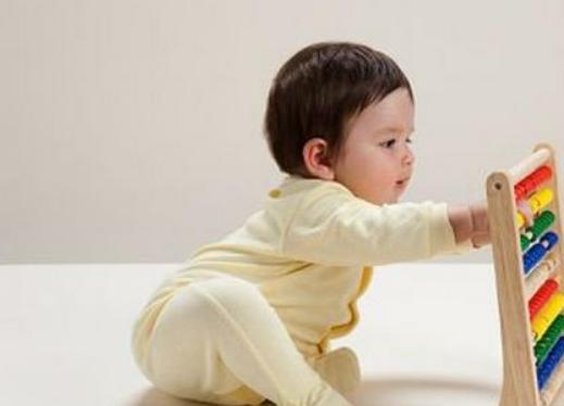 十个月宝宝早教做什么,10个月婴儿早教方法2