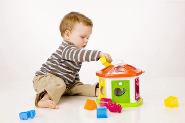 1岁8个月宝宝早教内容,一岁八个月幼儿成长标准1