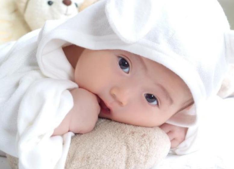 一岁半宝宝发育标准,18个月幼儿发育指标2