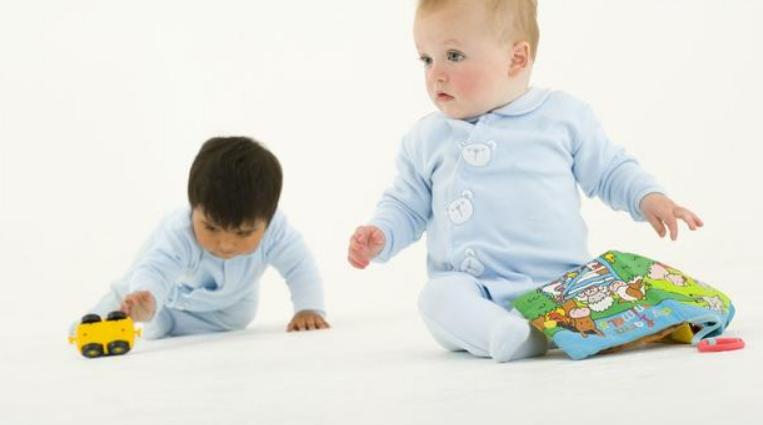 五个月婴儿聪明的表现,宝宝聪明的特征1