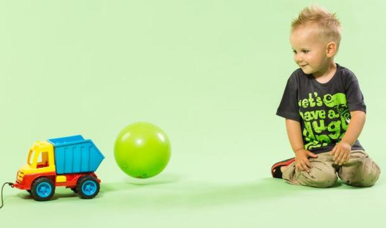 五个月宝宝早教内容,这样做促进大脑发育1