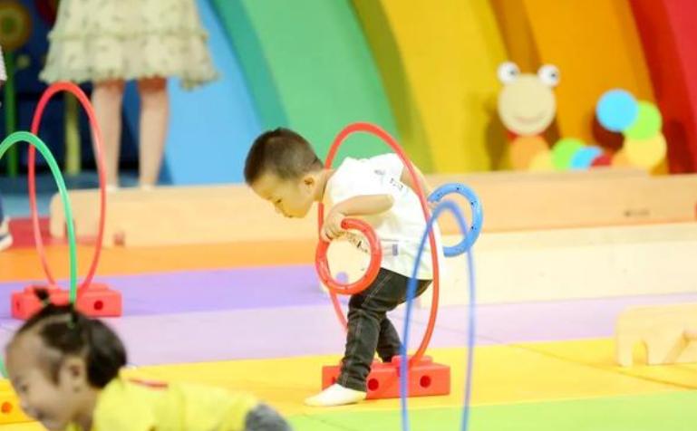 25-30个月宝宝早教游戏,家庭亲子互动游戏3