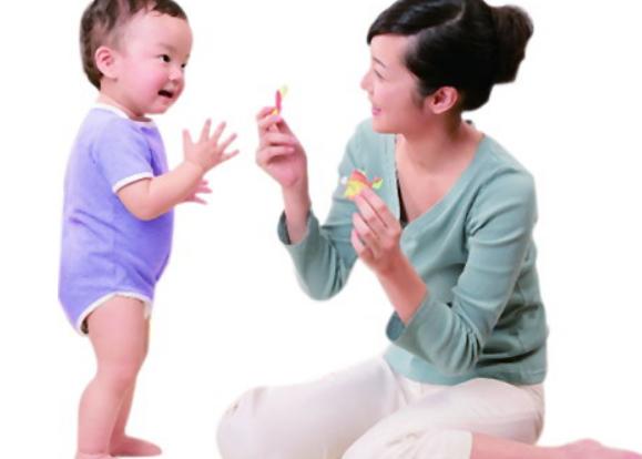 宝宝早教开始时间,幼儿早教时间选择1