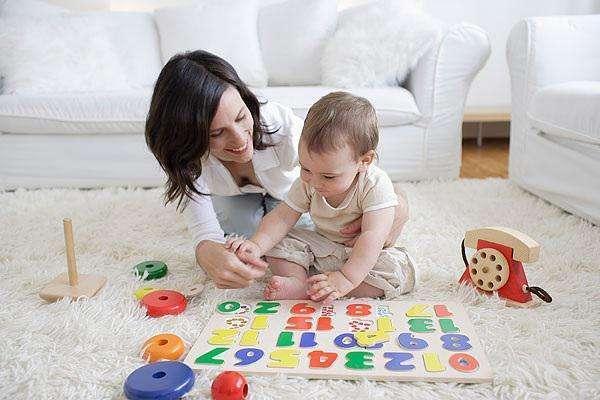 六个月宝宝早教育儿方案,在家早教亲子游戏