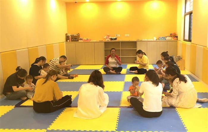 荆州早教中心有哪些?切身体验告诉你怎么选择早教班